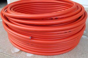 ท่อสีส้ม ท่อสีแดง